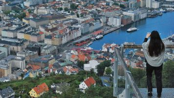 Bergen vista des del Mont Floyen, on arriba un funicular.